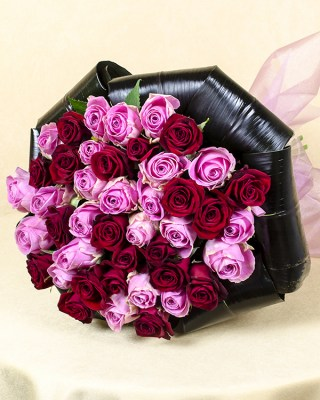 1414063844bouquet_23_pink_aqua_roses_and_20_red_passion_roses___1rr