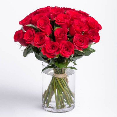 roses-red-rose-bouquet-ode-a-la-rose-550x550-25859red