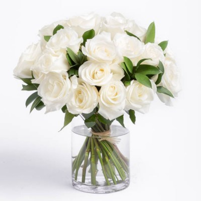 roses-white-rose-bouquet-ode-a-la-rose-550x550-25868